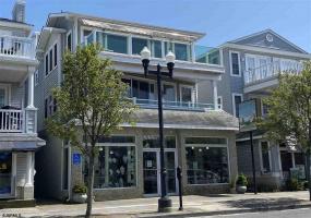 1035 Asbury, Ocean City, New Jersey 08226, 4 Bedrooms Bedrooms, 10 Rooms Rooms,2 BathroomsBathrooms,Condominium,For Sale,Asbury,537138