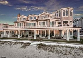 2815 Wesley, Ocean City, New Jersey 08226, 9 Bedrooms Bedrooms, 24 Rooms Rooms,9 BathroomsBathrooms,Residential,For Sale,Wesley,537671