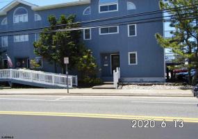3502 West, Ocean City, New Jersey 08226, 6 Bedrooms Bedrooms, 9 Rooms Rooms,3 BathroomsBathrooms,Condominium,For Sale,West,537922