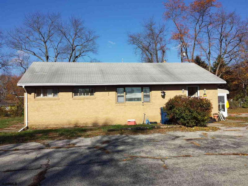 2497 Black Horse Pike, New Jersey 08094, 3 Bedrooms Bedrooms, 9 Rooms Rooms,1 BathroomBathrooms,Rental non-commercial,For Sale,Black Horse Pike,539111