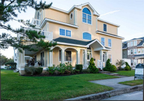 114 Surrey, Ventnor, New Jersey 08406, 6 Bedrooms Bedrooms, 12 Rooms Rooms,6 BathroomsBathrooms,Residential,For Sale,Surrey,543709