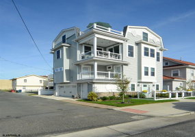 7 10th, Ocean City, New Jersey 08226, 4 Bedrooms Bedrooms, 12 Rooms Rooms,3 BathroomsBathrooms,Residential,For Sale,10th,543744
