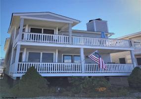 4237 West, Ocean City, New Jersey 08226, 3 Bedrooms Bedrooms, 8 Rooms Rooms,2 BathroomsBathrooms,Condominium,For Sale,West,543859