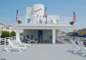 831 Atlantic, Ocean City, New Jersey 08226, 3 Bedrooms Bedrooms, 7 Rooms Rooms,2 BathroomsBathrooms,Condominium,For Sale,Atlantic,543871