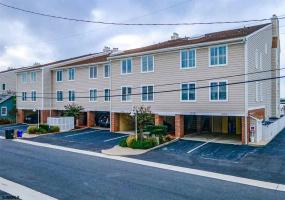 610B Pleasure Ave, Ocean City, New Jersey 08226, 3 Bedrooms Bedrooms, 8 Rooms Rooms,3 BathroomsBathrooms,Condominium,For Sale,Pleasure Ave,543938