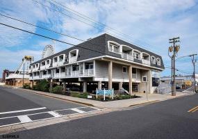871 7th St, Ocean City, New Jersey 08226, 1 Bedroom Bedrooms, 3 Rooms Rooms,1 BathroomBathrooms,Condominium,For Sale,7th St,544149