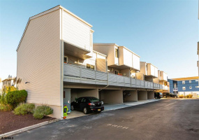 1301 Haven, Ocean City, New Jersey 08226, 3 Bedrooms Bedrooms, 9 Rooms Rooms,2 BathroomsBathrooms,Condominium,For Sale,Haven,544245