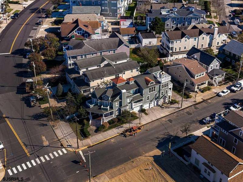 3 Atlantic Blvd, Ocean City, New Jersey 08226, 5 Bedrooms Bedrooms, 12 Rooms Rooms,2 BathroomsBathrooms,Condominium,For Sale,Atlantic Blvd,544342