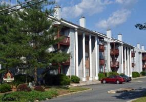 406 Sassafras, Pleasantville, New Jersey 08232, 2 Bedrooms Bedrooms, 5 Rooms Rooms,2 BathroomsBathrooms,Condominium,For Sale,Sassafras,544420