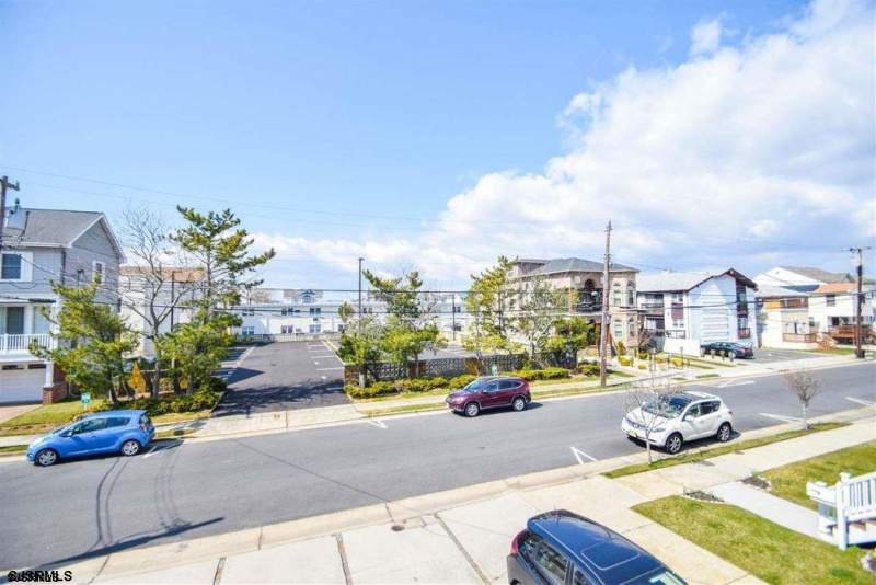 21 Madison, Margate, New Jersey 08402, 2 Bedrooms Bedrooms, 5 Rooms Rooms,2 BathroomsBathrooms,Condominium,For Sale,Madison,544474